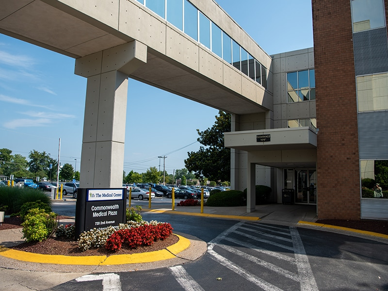 Commonwealth Medical Plaza 4×3