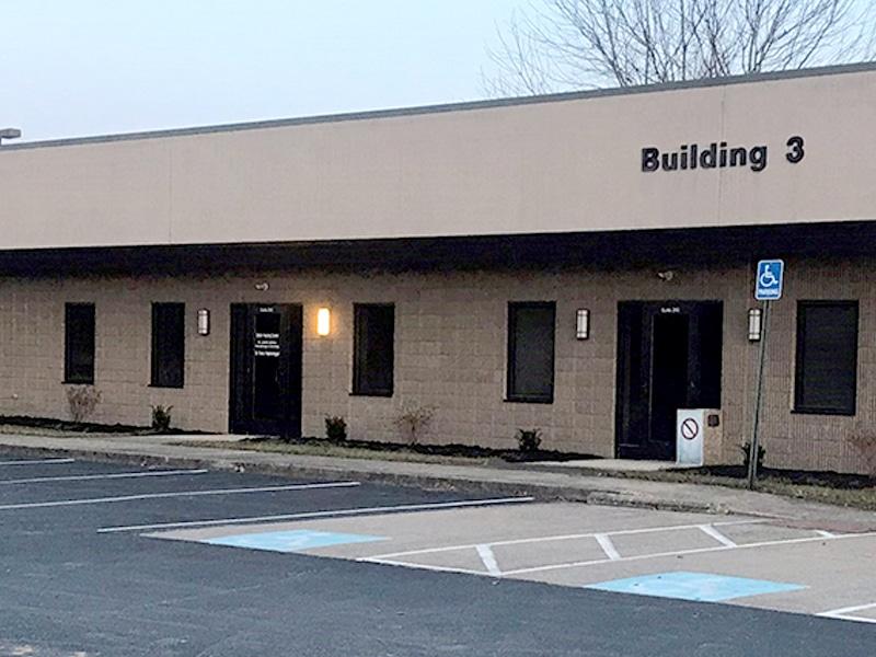 Hem Onc Russellville building 4×3